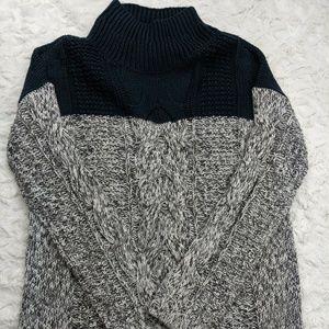 TROUVE Nordstrom Sz Medium Navy Chunky Sweater